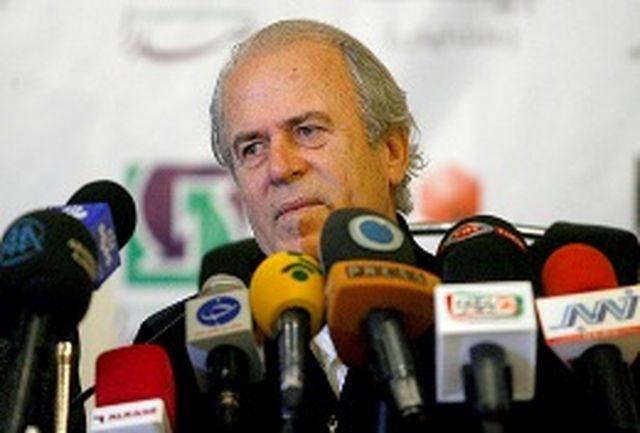 دنیزلی: دربی ترکیبی از معجزه و واقعیت فوتبال بود/ خوشحالم به روند بردهای استقلال پایان دادیم
