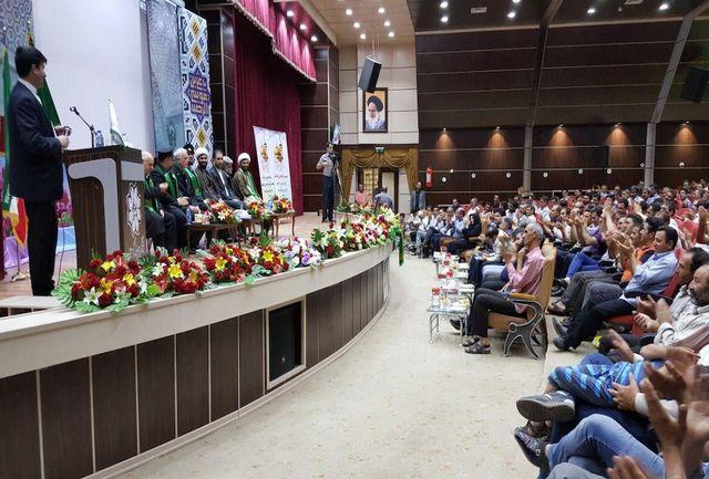 15 پاکبان نمونه تبریز نشان آستان قدس رضوی را دریافت کردند
