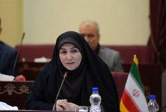 عزم دختران نونهال برای به اهتزار درآوردن پرچم ایران
