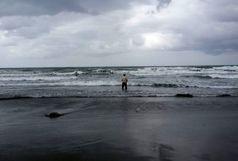 دریا در محمودآباد همچنان قربانی می گیرد + عکس