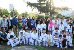 استقبال از 2 کاراته کای مدال آور مسابقات آسیایی در انزلی