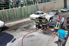 آتش به جان خودروی در حال حرکت افتاد