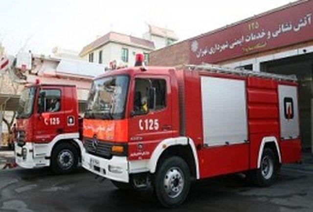 15 شهروند از میان شعله های آتش نجات یافتند