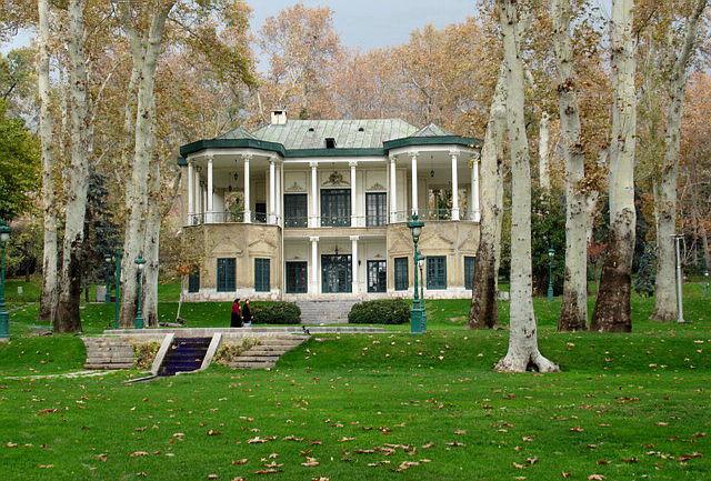 بیانیه 416 فعال حوزه معمارى و میراثفرهنگى درباره مالکیت کاخهاى سعدآباد و نیاوران