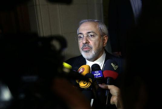ظریف:با کشورهای 5+1 در اکثر راه حل ها توافق کردیم/نگارش متن توافق از فردا آغاز می شود