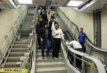 بازدید خبرنگاران از خط 2 قطارشهری مشهد