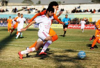 دیدار تیم های فوتبال بادران تهران - سپیدرود رشت