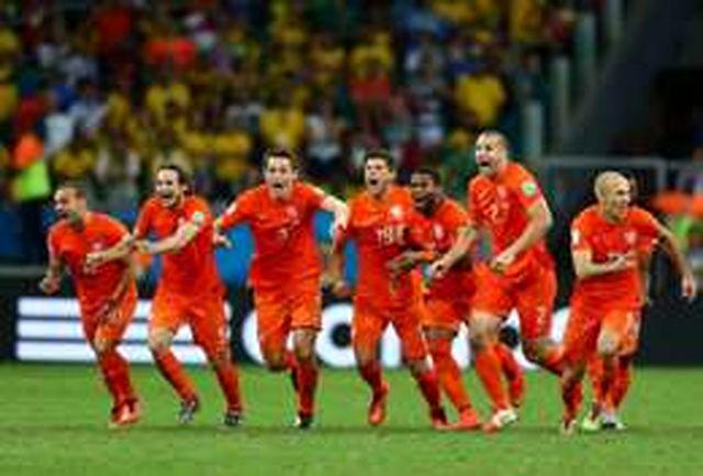 پیروزی لالههای نارنجی در ضربات پنالتی/ هلند-آرژانتین نیمهنهایی رویایی