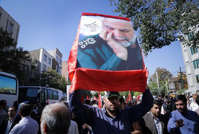 زخم دل ملت ایران برای شهادت سردار همدانی بسیار بزرگ و عمیق است