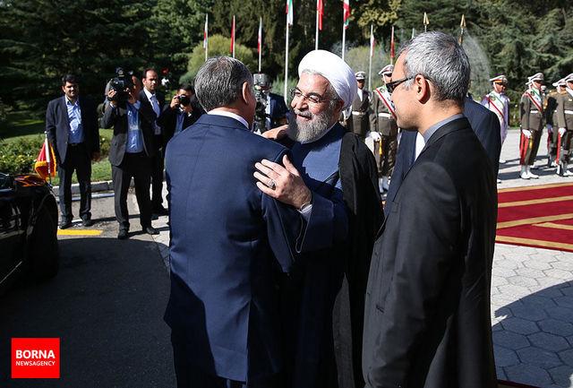 مراسم استقبال دکتر روحانی از رئیس جمهور قرقیزستان/ فیلم