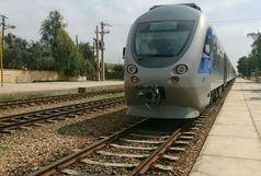 هدف  این قطار ؛ آشنایی مردم با جاذبه های گردشگری استان است