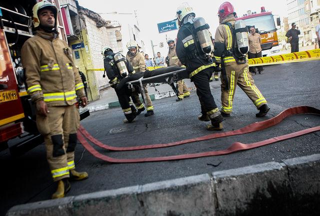 سوختگی کارگر جوان بر اثر انفجار در کارگاه آینه و شمعدان سازی