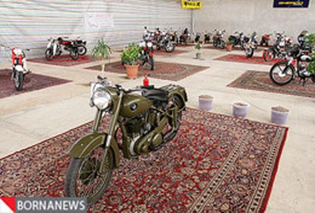 اولین نمایشگاه کشوری «خودروها و موتورهای کلاسیك و قدیمی» آغاز به كار كرد