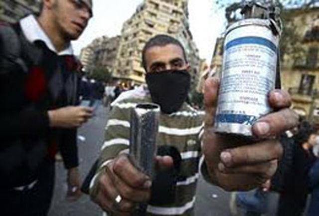 تظاهرکنندگان مصری دفتر شبکه تلویزیونی الجزیره را در قاهره آتش زدند