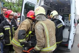 واژگونی کامیونت در بزرگراه امام علی(ع) 9 مصدوم برجا گذاشت