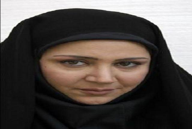 شهره لرستانی با  خانمْ سادات مدیر موسسه قرآنی می شود