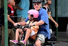 دوچرخه سواری پدرخوانده و دخترش در نیویورک سوژه رسانه ها شد