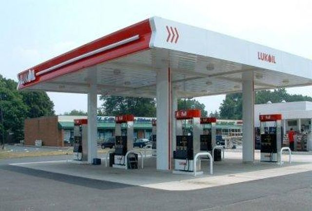 روزانه دو میلیون لیتر بنزین در قم مصرف می شود