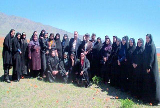 دشت شقایق اخترآباد میزبان اعضای کارگروه امور بانوان شهرستان ملارد