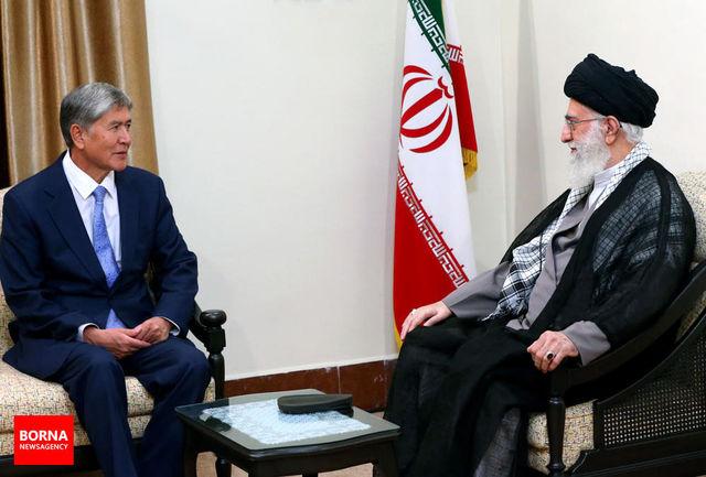 تنها راه دفع شرّ قدرتهای سلطهگر، ایستادگی و تقویت ارتباطات کشورهای اسلامی است