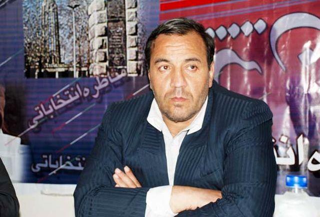 دشمن در کمین جوانان نخبه و تحصیل کرده ایران است