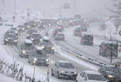 بارش برف در سه استان / سه محور در کشور مسدود است