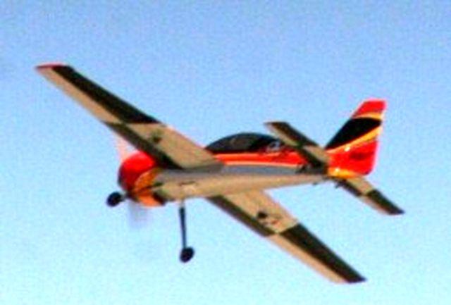 پرواز آزمایشی 6 پهباد ساخت بسیجیان شیراز با موفقیت انجام شد