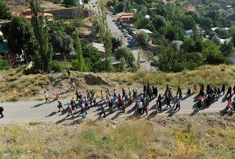 پاکسازی مسیر کوه دماوند ٬ گرامیداشت شهید علی اصغر دریانی
