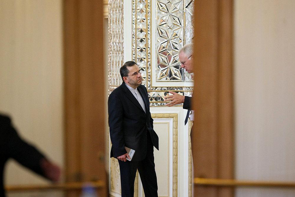 معاون وزیر امور خارجه بریتانیا به  تهران امد