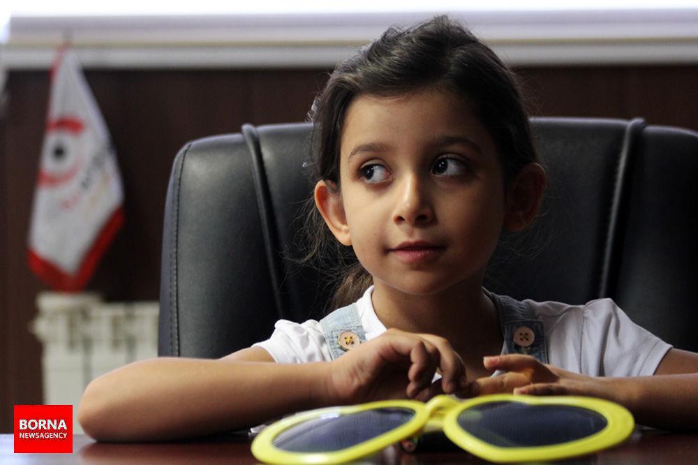 کوچکترین نویسنده ایران