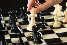 شطرنج بازان قزوینی با حریفان خود رخ به رخ می شوند