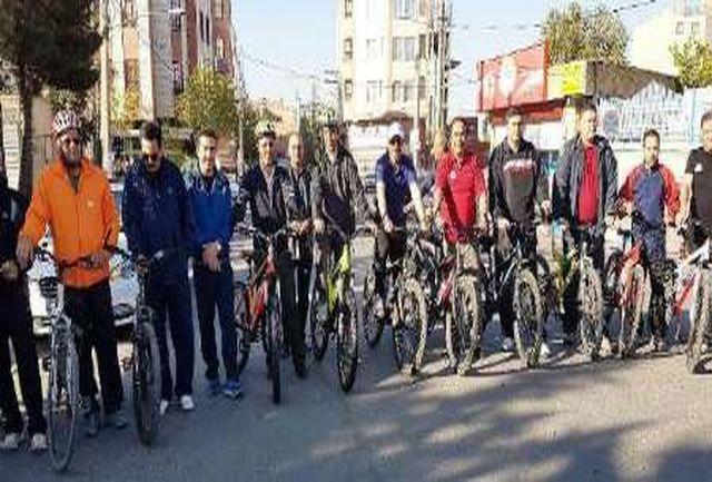 مردم ساوجبلاغ و نظرآباد از سه شنبه بدون خودرو استقبال کردند