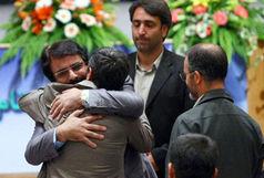 احمدی نژاد زندگی هنرمند معروف را به آتش کشید!