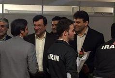 کاروان وزنه برداری وارد تهران شد