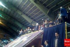 طرفداران روحانی در سالن ابن سینای همدان/ ببینید