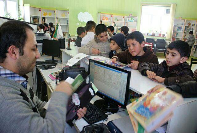 رشد ۳۵ درصدی آمار امانت کتاب در آذربایجانغربی