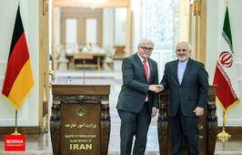 ظریف پرچم ایران را در آلمان بالا برد/ حمایت کامل ژرمنها از برجام