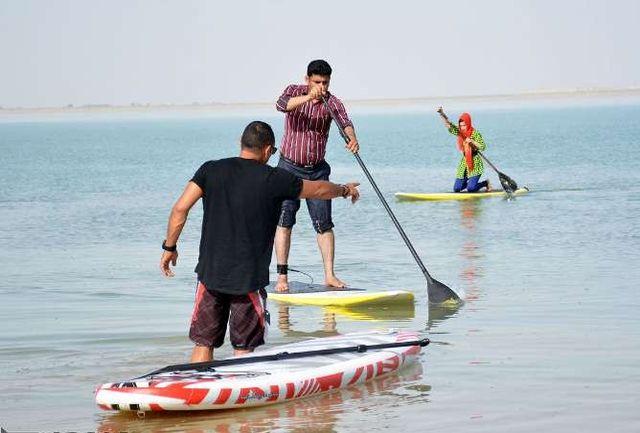 برگزاری نخستین کارگاه موج سواری در آبهای آرام منطقه سیستان