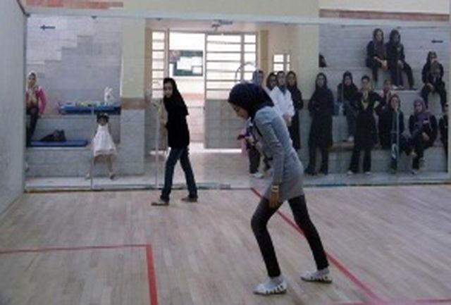 نفرات برتر مسابقات اسکواش بانوان خرم آباد معرفی شدند