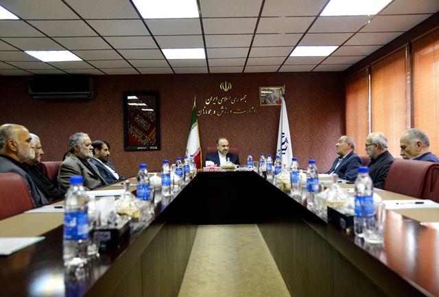 سلطانیفر: اتحادیه مدیران باشگاهها باید مشاور امین وزارتخانه و فدراسیون فوتبال باشد