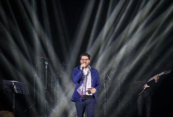 کنسرت ((حامد همایون)) در سی و دومین جشنواره موسیقی فجر