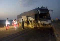 6 مجروح در اثر واژگونی اتوبوس به علت خواب آلودگی راننده
