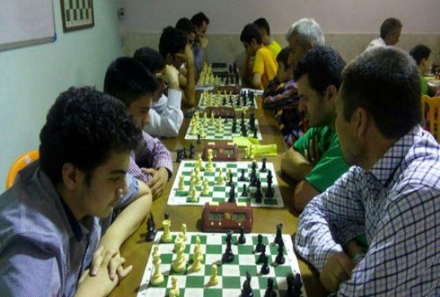 مسابقات شطرنج جام رمضان در مجموعه تختی اندیشه برگزار شد