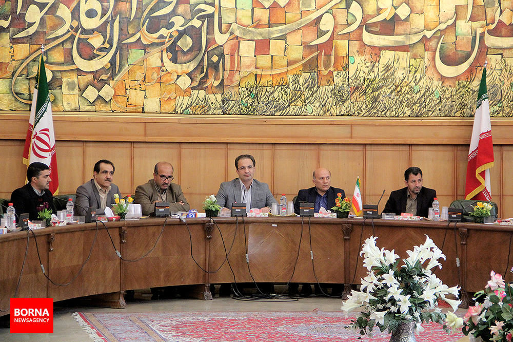 دیدار+مسئولین+سازمان+های+مردم+نهاد+استان+فارس+با+معاون+حقوقی+وزیر+ورزش+در+شیراز+