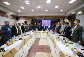 نشست صمیمی منتخبان پنجمین دوره و اعضای چهارمین دوره شورای شهر مشهد