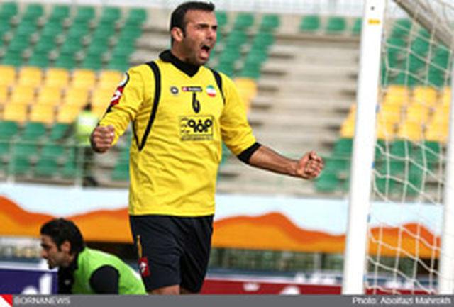 جلال حسینی: افتخارم است که زیر نظر استیلی کار کنم