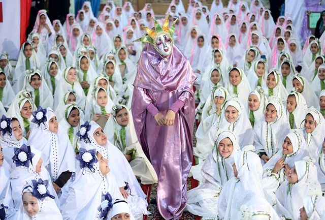 آئین جشن تکلیف دختران در حرم مطهر حضرت شاهچراغ(ع) برگزار شد