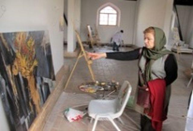 رئیس انجمن نقاشان از سمپوزیوم نقاشی تهران بازدید کرد