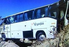 انحراف اتوبوس از جاده 25 مصدوم برجای گذاشت