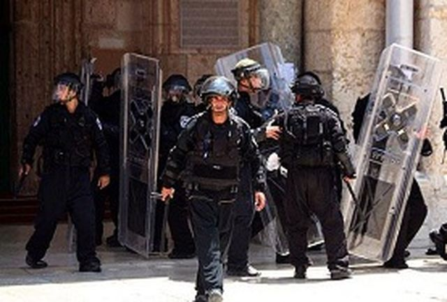 درگیری مابین نیروهای صهیونیستی و جوانان فلسطینی